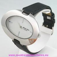 Montre femme ovale acier bracelet noir