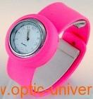 Montre Femme bracelet Clic Clac Softouch Dia 4 cm fushia