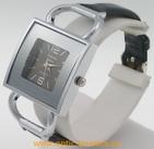 Montre femme carré bracelet vernis noir A.FIORO